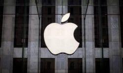 Un adolescente accede y roba datos de Apple