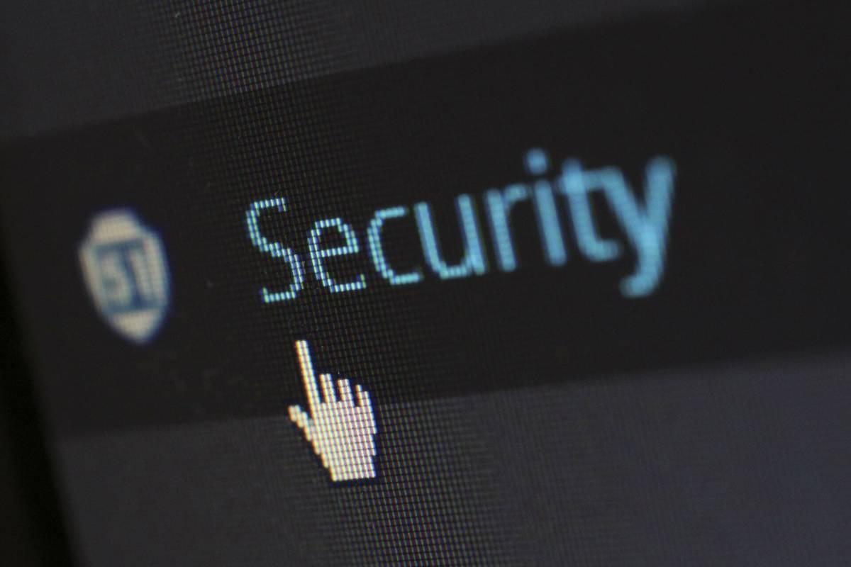 El objetivo es prevenir las intrusiones o infecciones en los sistemas.