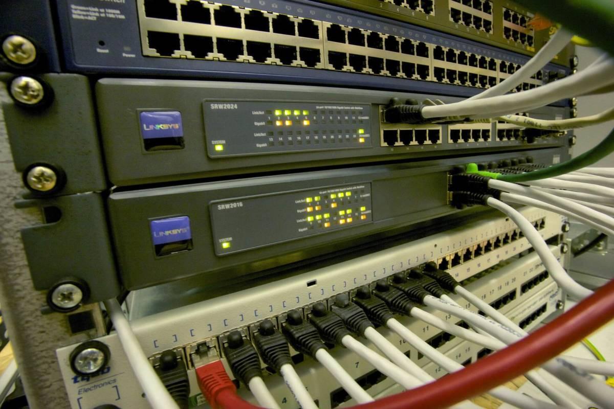 Dos malware atacan routers domésticos