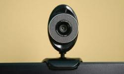¿Realmente pueden hackear mi webcam?